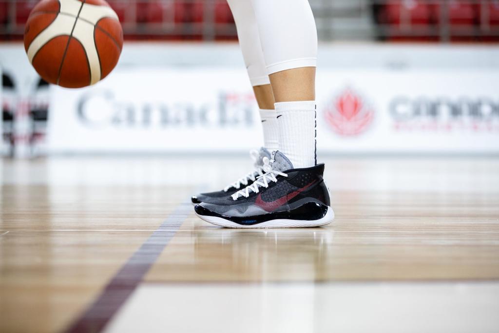 chaussures basketn nike nayo raincock ekunwe