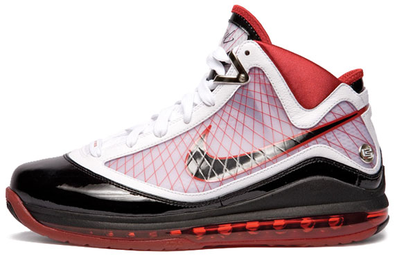 chaussure nike lebron 7