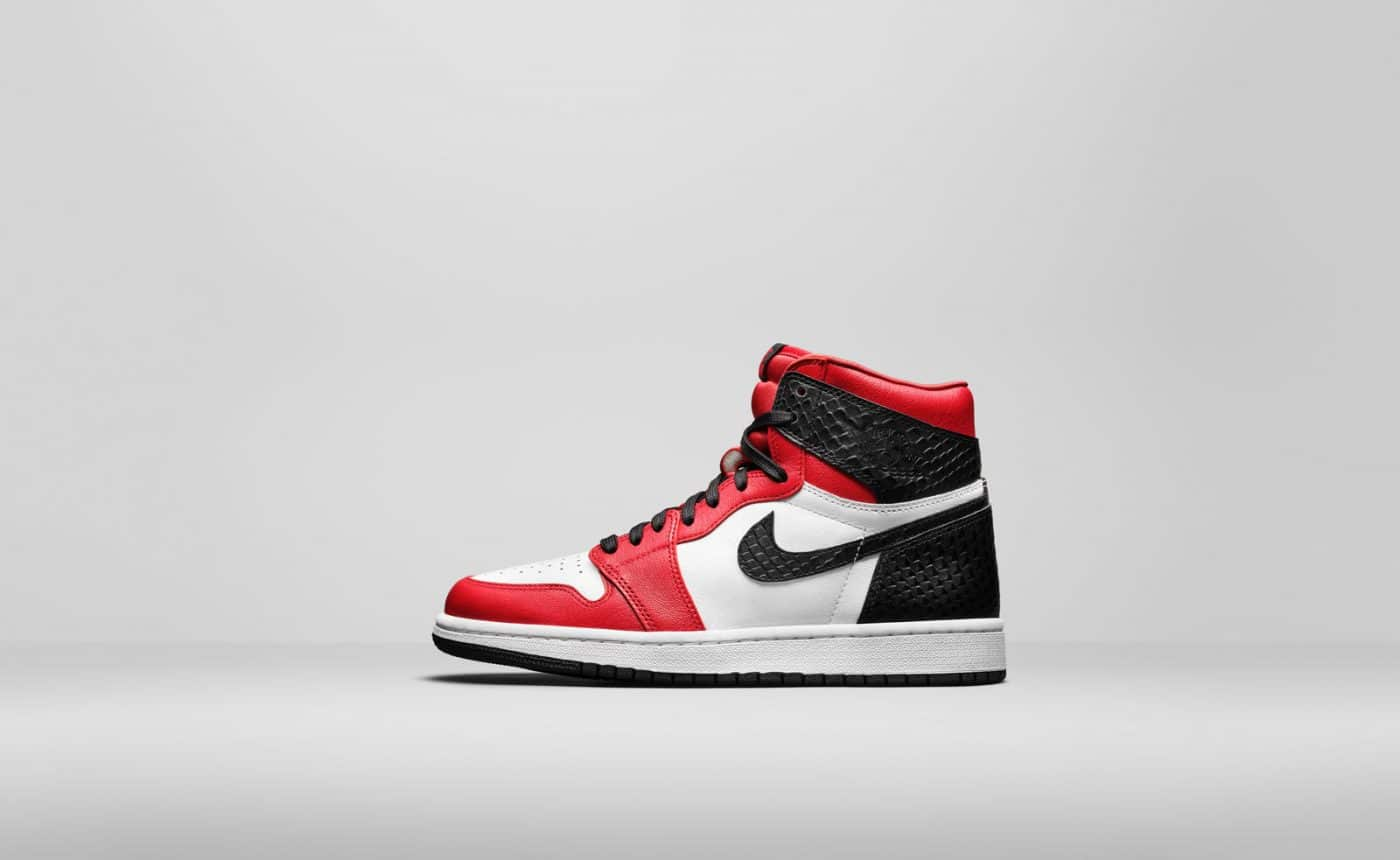 Air Jordan 1 High OG Satin Snake Red