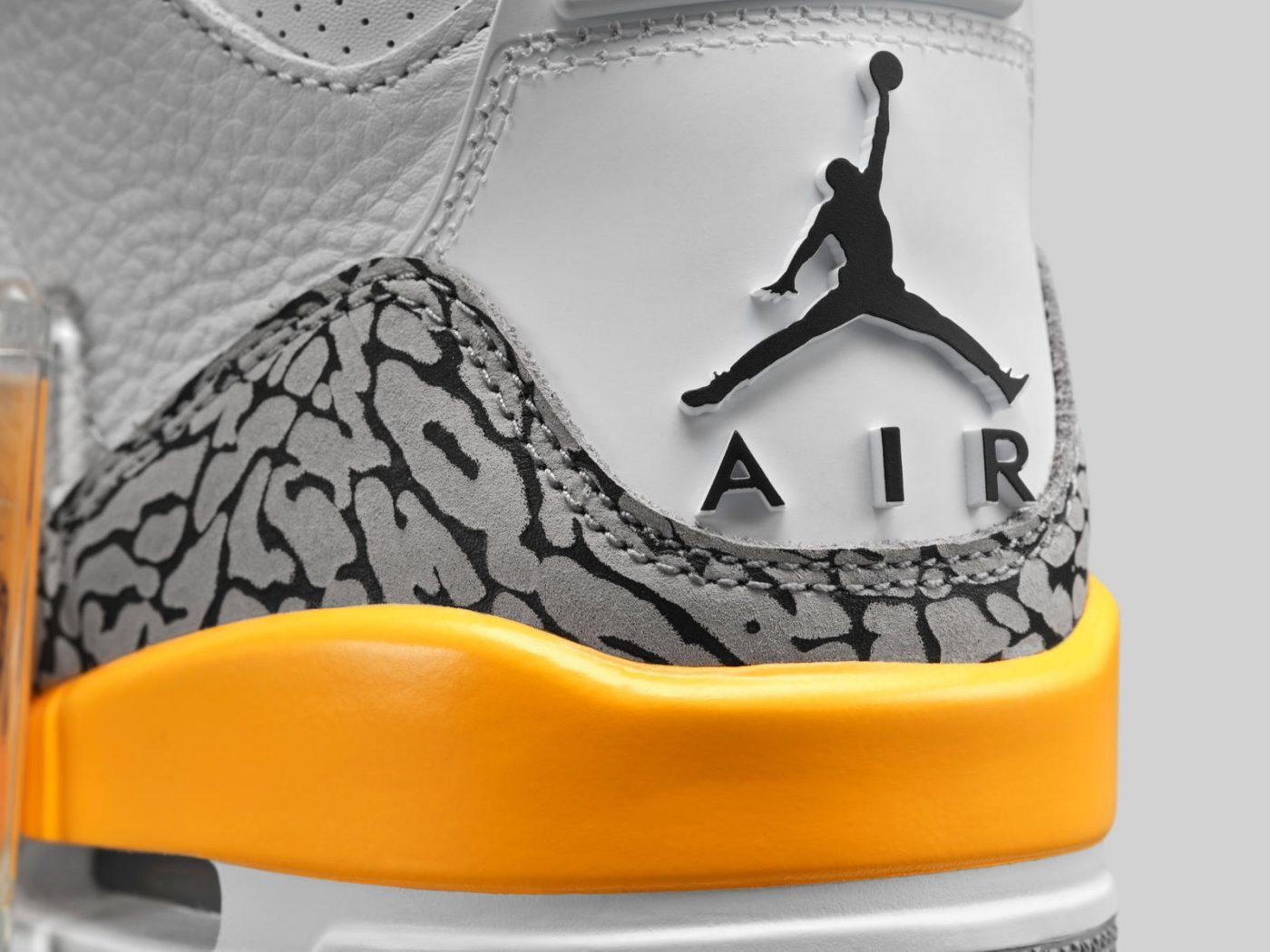 Air Jordan 3 WMNS Laser Orange