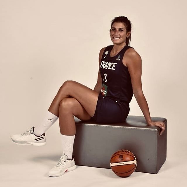 chaussure equipe france feminine basket helena ciak harden vol 4 adidas