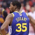 Pourquoi Kevin Durant a-t-il joué avec les numéros 35 puis 7 sur son maillot ?
