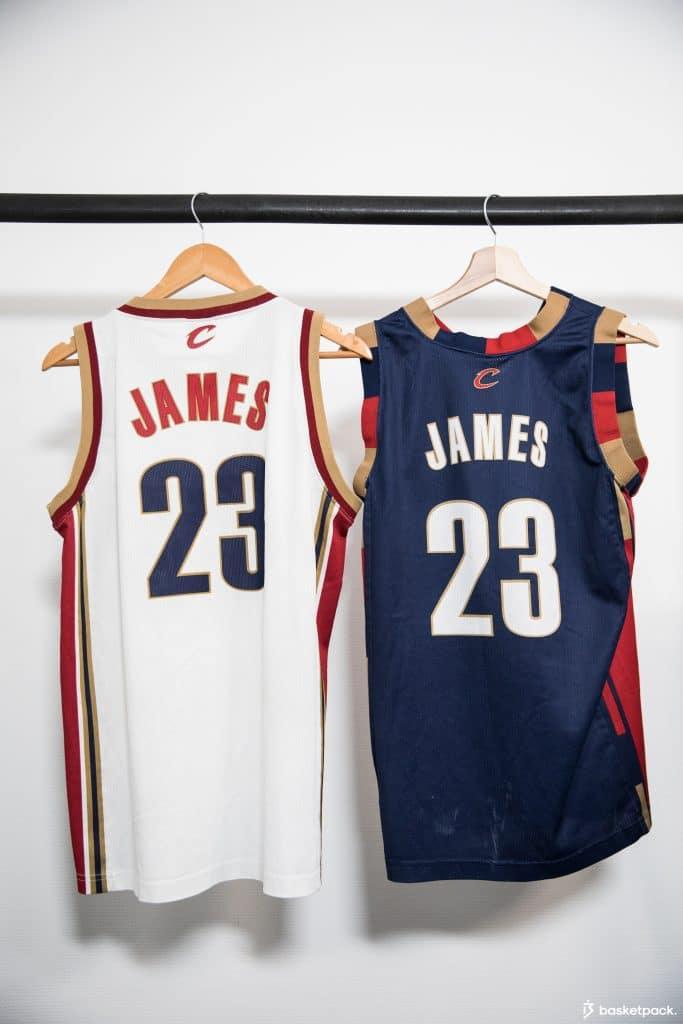 maillots NBA histoire equipementier marque
