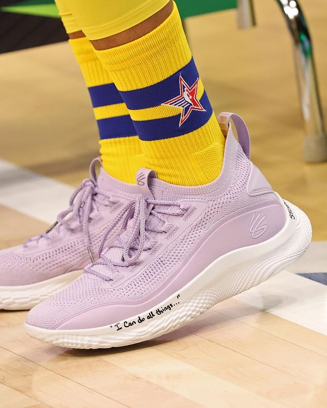 curry 8 international womens day